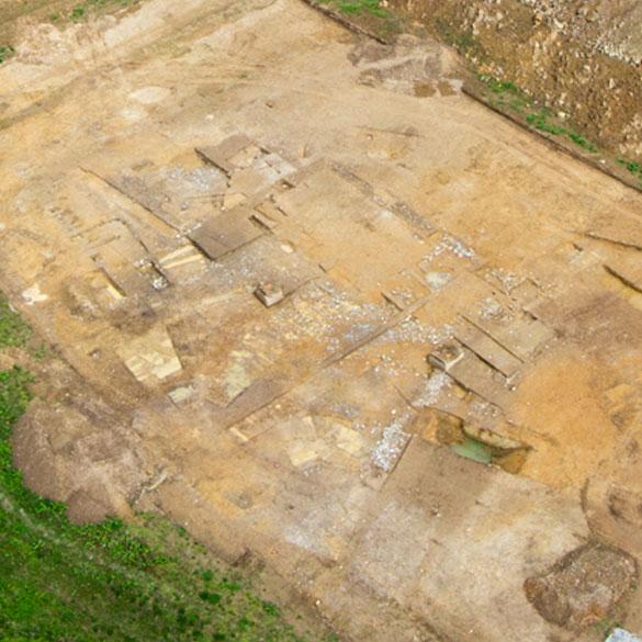 Site archéologique photographié par un drone