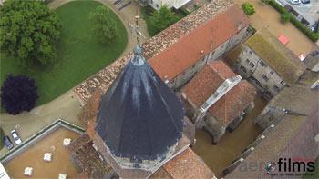 Vidéo aérienne de l'Abbaye de Cluny